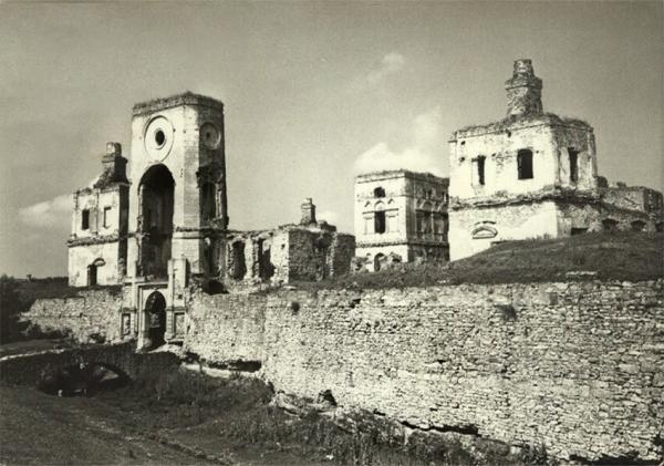 http://fotopolska.eu/19173,foto.html lata 1950-70