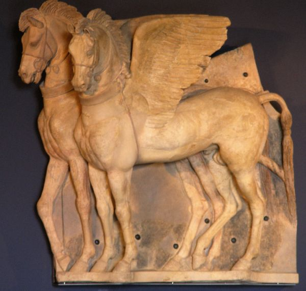 https://upload.wikimedia.org/wikipedia/commons/3/36/Etruscan_Horses_Tarquinia.jpg
